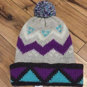 NWT Urban Outfitters Pom-Pom Beanie Gray Purple